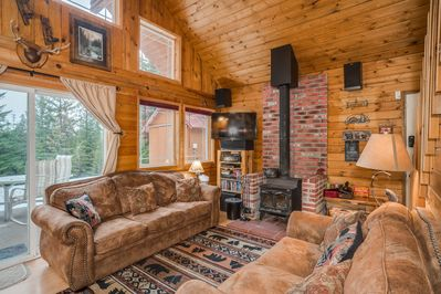 Warm and cozy place to enjoy the mountains