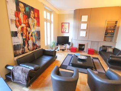 Photo for Avignon center apartment 200m2 9 people 4 bedrooms, Clim, WiFi