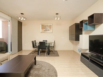 Photo for Nice apartment for 7 people with pool, WIFI, A/C, TV, balcony and parking