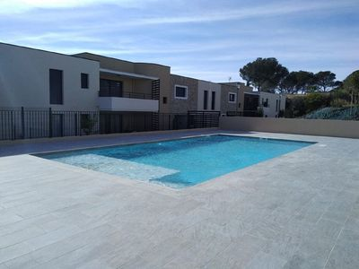 Photo for Two-room apartment for 4/5 people, swimming pool, air conditioning, garage