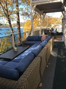 Large sectional to enjoy the lakefront view