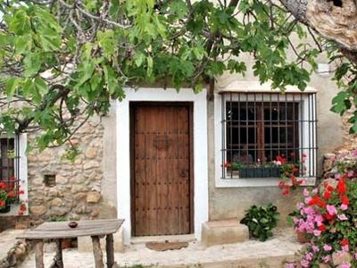 Photo for Rural house (LA HIGUERA) Arcos del Capellán for 2 people + child