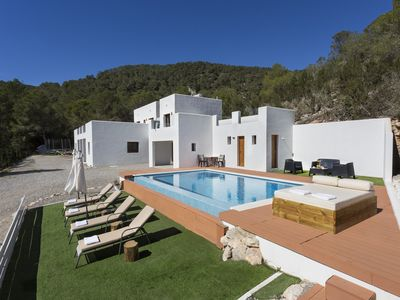 Photo for ON THE TOP OF A VALLEY OVERLOOKING BEAUTIFUL VIEWS OF SES SALINES. PERFECT FOR FAMILIES