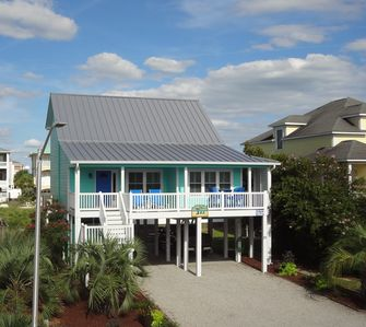 Photo for Relax in our Charming House with community pool in Summer Place at OIB!
