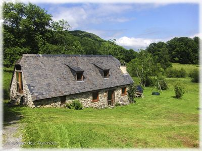 Photo for Ecological barn on a sunny plateau in the Pyrenees