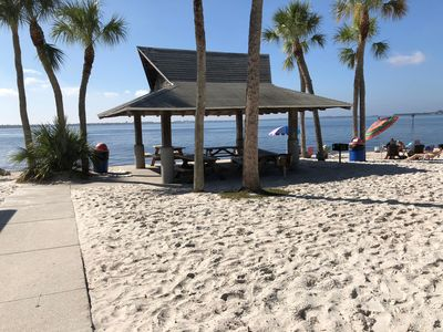 Get out of the Cold!! MARCH 2020 AVAILABLE -Walk To The Beach!