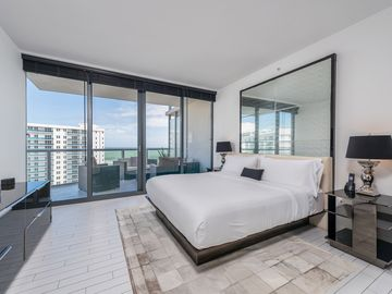 Awesome W South Beach Ocean View Private Residenceeverything At Your Fingertips Download Free Architecture Designs Jebrpmadebymaigaardcom