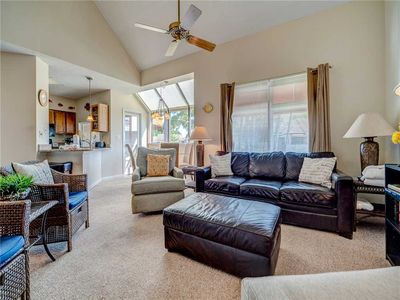 Anchorage 7472, 3 Bedrooms, Sleeps 8, Heated Community Pool, Penthouse