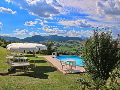 Photo for Villa in Piticchio with Swimming Pool, Garden, BBQ, Parking