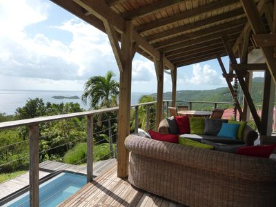 Photo for Villa with private pool, exceptional views of the sea and Pigeon Islands