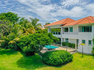 Photo for COZY GOLF FRONT VILLA NEAR THE BEACH WITH POOL, PING-PONG, POOL TABLE & MAID