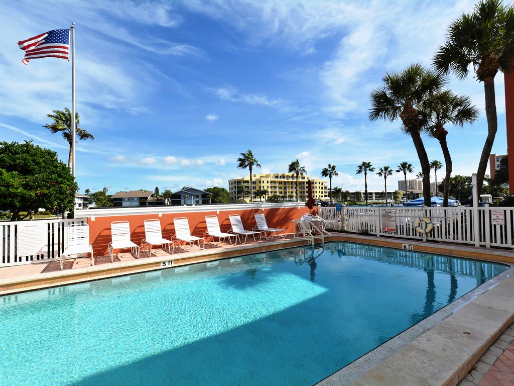 Beachfront Condo 3 Br Heated Pool Free Boat Docks Upscale Siesta Key Osprey Florida South