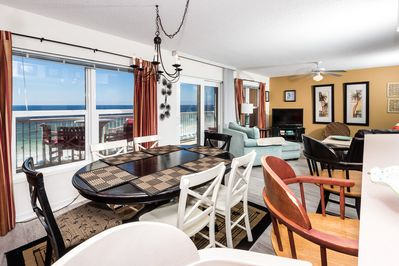 Views Galore - Perfect views from anywhere in this condo!