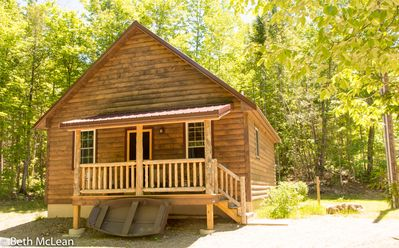 Photo for Luxury Vacation Cabin Rental at a affordable price!