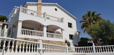 Photo for Beautiful villa, swimming pool, tennis court, basketball court, garden, sea view, near beaches
