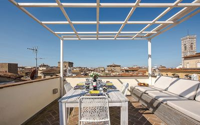 Photo for Mirage - Florence center near Duomo 5 bdr with terrace