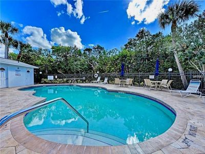 Photo for Comfortable family-friendly condo close to everything on Anna Maria.