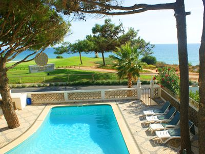 Photo for Three bedroom villa with sea views. Only a few minutes walk from the Praca C522