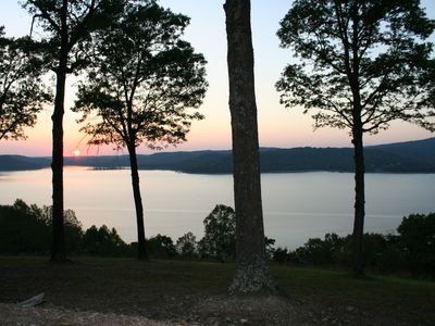 Photo for Spectacular lake views! 20 mins to Eureka Springs & 5 mins to Starkey Marina