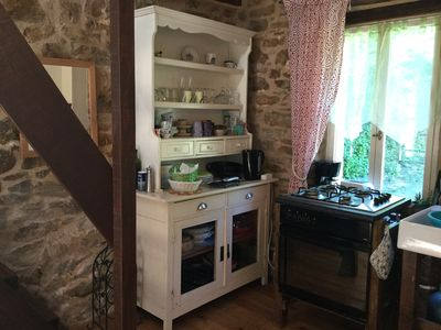 Kitchenette and cooker area
