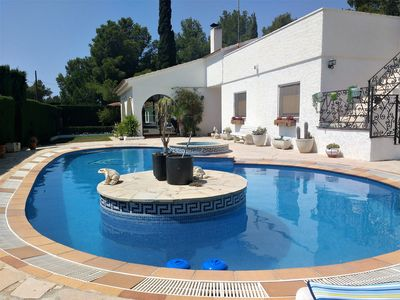 Photo for Luxurious 8pax villa in Ametlla de Mar, private pool 3km from the beach