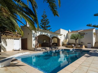 Photo for Detached villa with private swimming pool and large veranda with outdoor kitchen near Moraira