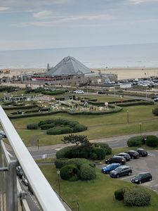 Photo for Touquet, EXCEPTIONAL VIEW FACING THE SEA with terrace, very well placed