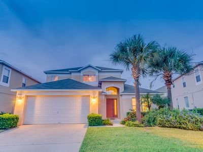 Photo for Budget Getaway - Emerald Island Resort - Welcome To Cozy 5 Beds 3 Baths Villa - 3 Miles To Disney