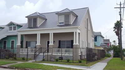 Photo for Spacious, modern,  2 story home with 2 master bedrooms.