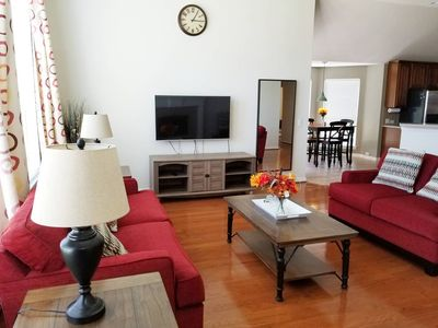 Photo for Beautifully updated 4 bedroom house in West Plano, minut