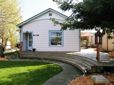 Photo for Charming Anacortes cottage - walk to downtown and waterfront