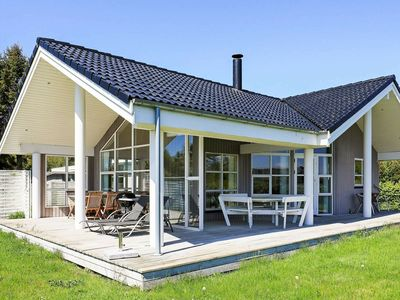 Photo for Peaceful holiday home in Stubbekøbing with small sea view