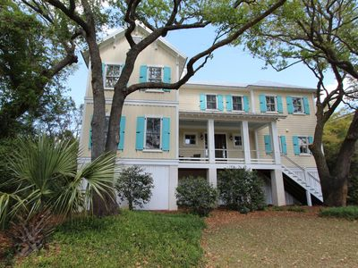 Photo for 41st Ave 14: 6  BR, 6  BA House in Isle of Palms, Sleeps 14