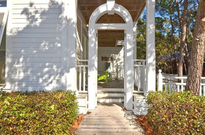 Front Entry- Sea Pearl