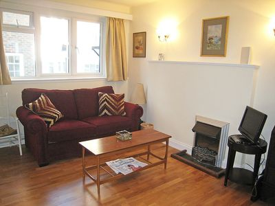 Photo for House in London with Parking, Internet, Washing machine, Balcony (111461)