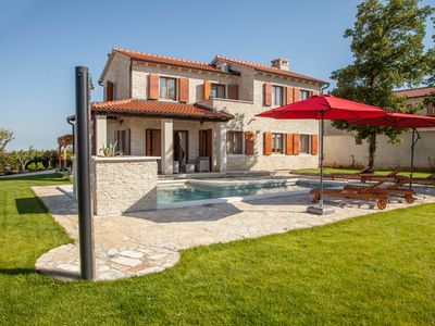 Photo for Villa Alma, with lovely swimming pool, in the middle of Istria, Croatia