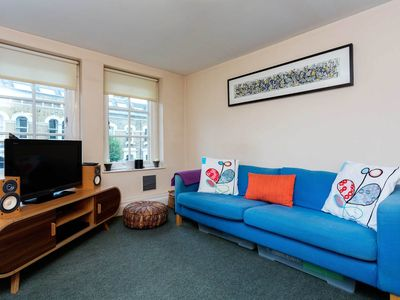 Photo for 1 bed apt in vibrant Camden. 20 minutes to the heart of Central London! (Veeve)