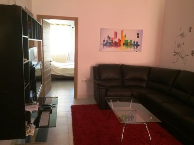 Photo for Modern Apartment close to Public Transport and Sea