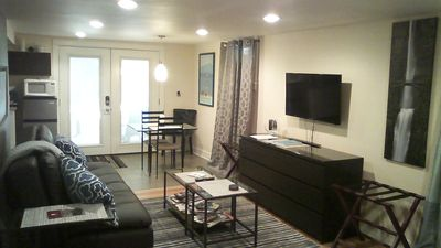 Boutique-Hotel Style Apt. in the Sunnyside/Laurelhurst area
