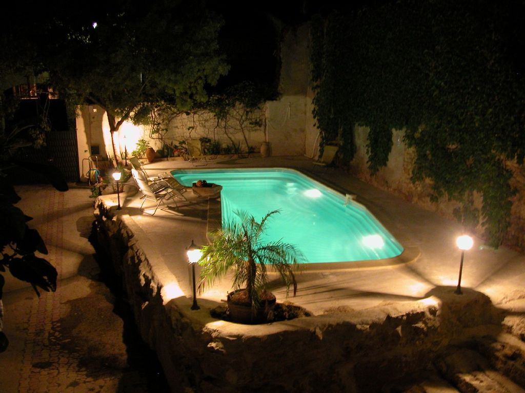 La Maison d\'Estang: Traditional House with Character, Heated Pool ...