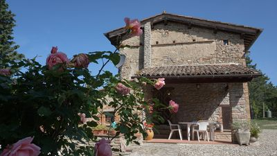 Photo for Casale I 4 VENTI, an oasis of peace and relaxation, on the border between Umbria and Tuscany