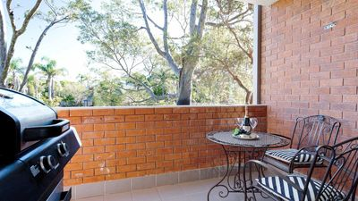 Photo for Amanda Court, 2/1 Weatherly Cl - Renovated with Aircon & WIFI