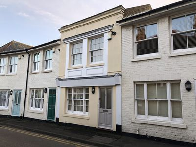 Photo for Harbour Mews: Central Whitstable, Free Parking, Fast WiFi