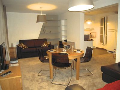 Photo for Charming family apartment, 1 bedroom, 5 guests, Wifi, lift, Eiffel tower, Seine