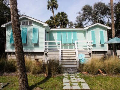 The Cottage at Folly ~ 4BR/2BA Family Bungalow