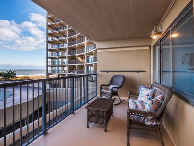 Photo for High Point South 1-C Renovated 2 Bed/2Bath Oceanfront with Pool