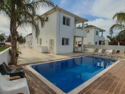 Photo for Comfortable and Spacious 3 bedroom villa