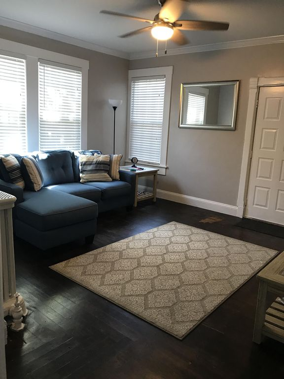 3 BR VACATION RENTAL IN DOWNTOWN NEWPORT, RI