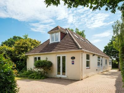 Photo for New Forest cottage, sleeps up to 10. Looks directly on to the Forest