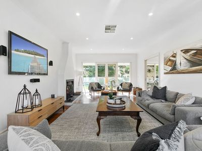 Photo for 6BR House Vacation Rental in Tootgarook, VIC